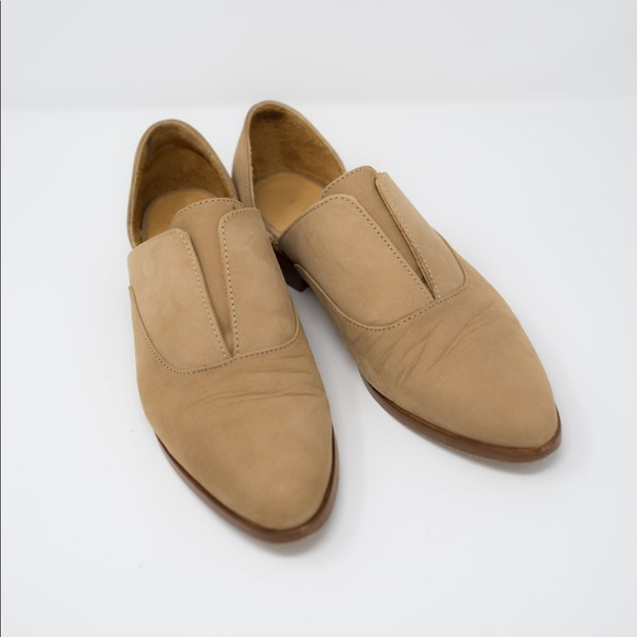 5445fcdcc NISOLO WOMENS EMMA D ORSAY OXFORD WHEAT. M 5be1d58ade6f622a4fabb157